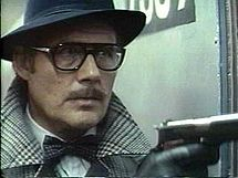 Taking of Pelham 1 2 3 - Robert Shaw in Disguise